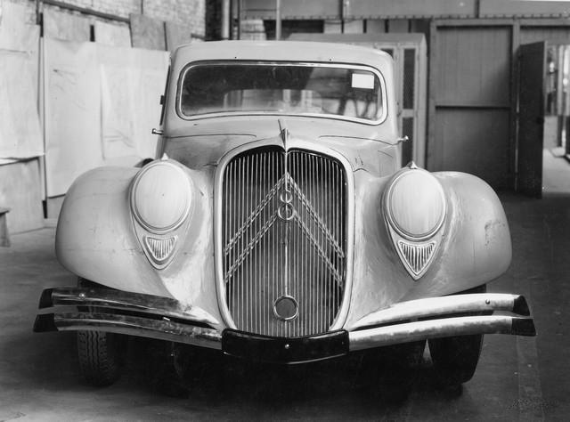 1934 Traction 22 luonnos
