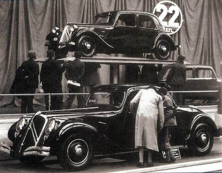 """1934 Traction 22B """"Faux-Cabriolet"""""""